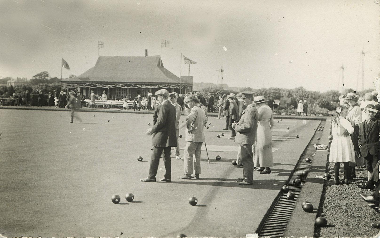 bowling-club113