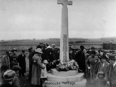 413-war-memorial-1921