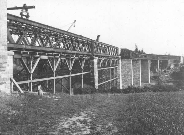 new-viaduct-on-avon